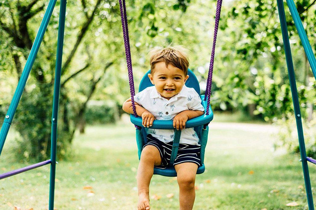 La balançoire bébé est parfaite pour occuper et amuser votre enfant.